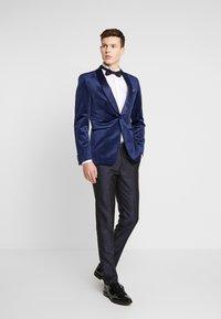 Burton Menswear London - FLORAL JACQUARD - Oblekové kalhoty - black - 1