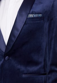 Burton Menswear London - TOP SHAWL LAPEL - Suit jacket - navy - 4