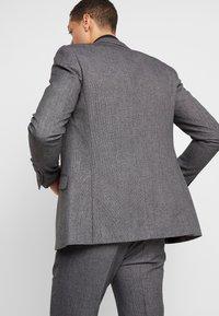 Burton Menswear London - BIRDSEYE - Jakkesæt blazere - grey - 2