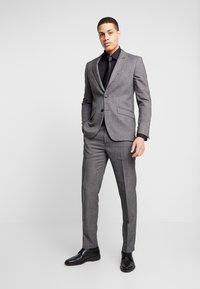 Burton Menswear London - BIRDSEYE - Jakkesæt blazere - grey - 1