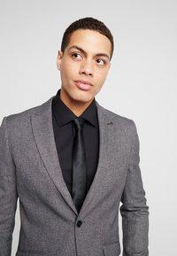 Burton Menswear London - BIRDSEYE - Jakkesæt blazere - grey - 3
