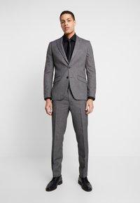 Burton Menswear London - BIRDSEYE - Dressbukse - grey - 1