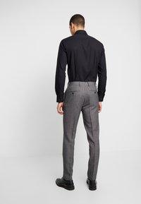 Burton Menswear London - BIRDSEYE - Dressbukse - grey - 2