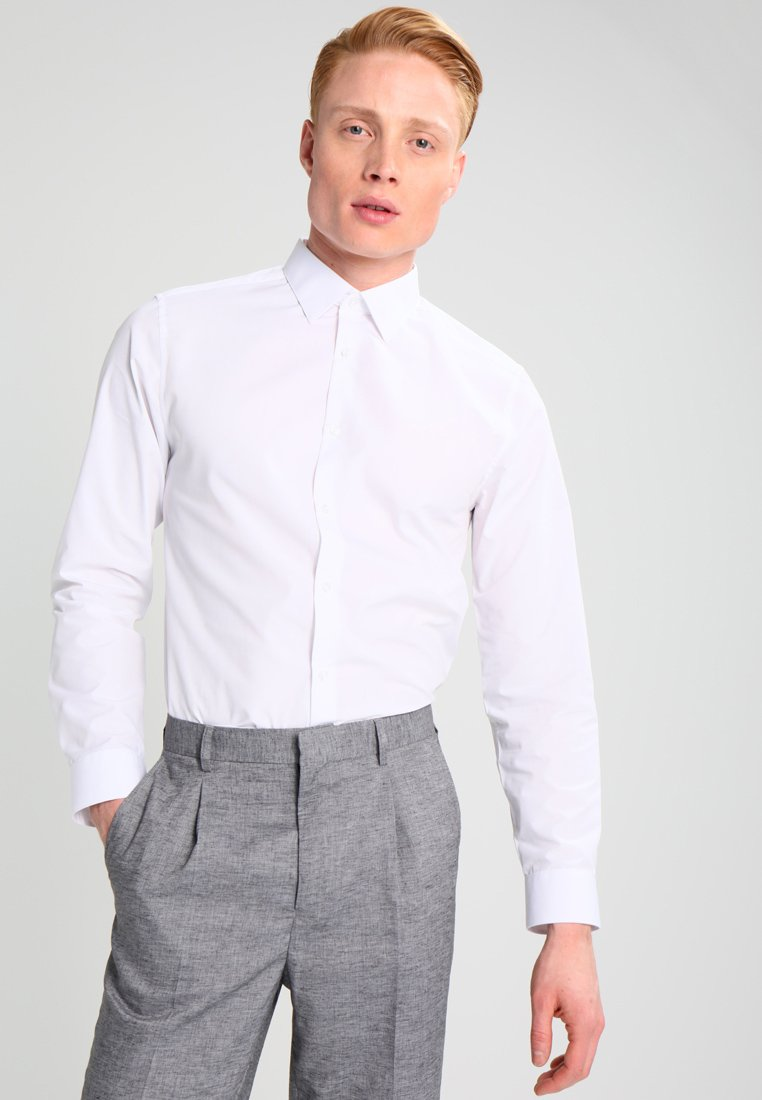 Burton Menswear London - SLIM FIT - Formal shirt - white