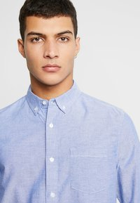 Burton Menswear London - OXFORD      - Košile - light blue - 4