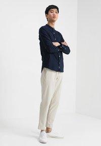 Burton Menswear London - Koszula - navy - 1