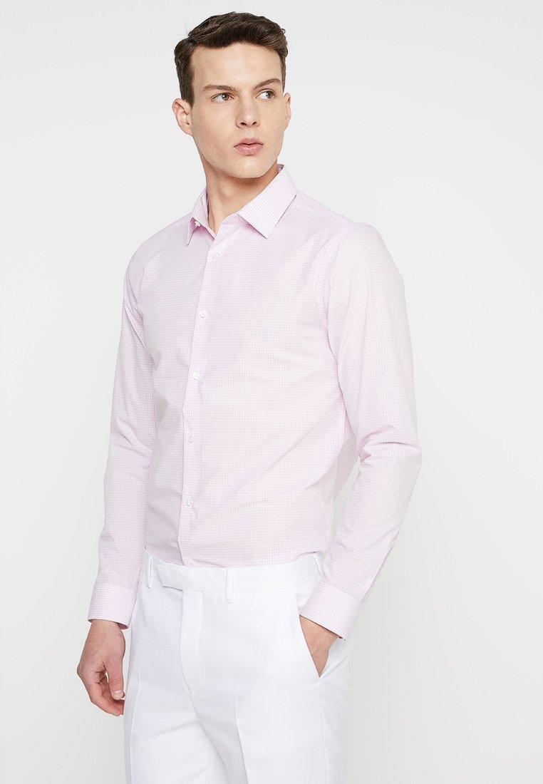 Burton Menswear London - GINGHAM SLIM FIT - Skjorte - pink