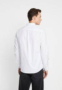 Burton Menswear London - Camicia - white - 2