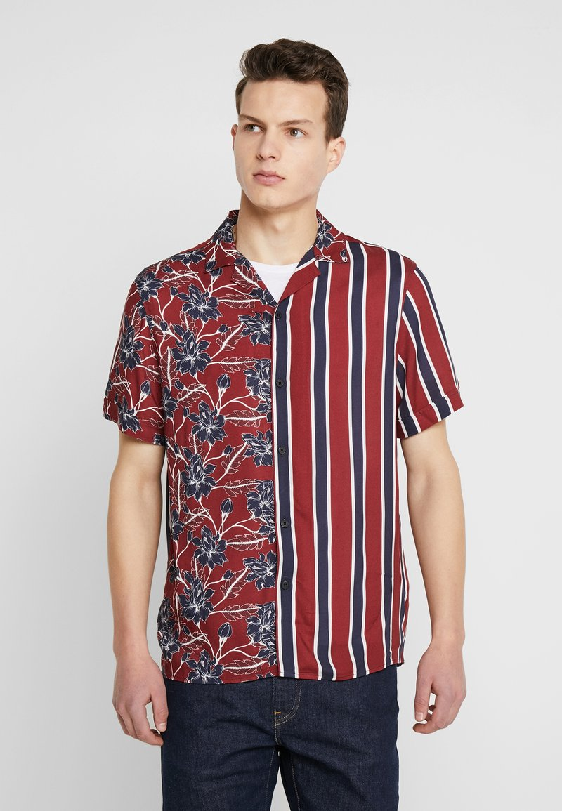 Burton Menswear London - SPLICE FLORAL - Camisa - red