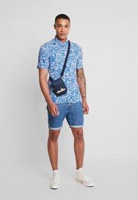 Burton Menswear London - WAVE  - Košile - blue - 1