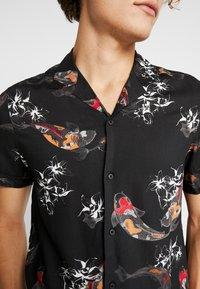 Burton Menswear London - KOI CARP - Camicia - black - 5