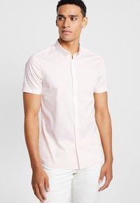Burton Menswear London - STRETCH SKINNY FIT - Camicia - pink - 0
