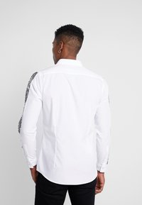 Burton Menswear London - Chemise - white - 2
