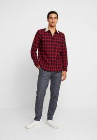 Burton Menswear London - Overhemd - red - 1