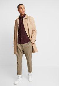 Burton Menswear London - Shirt - burgundy - 1