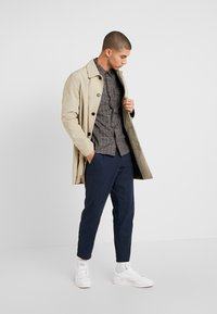 Burton Menswear London - Overhemd - charcoal - 1