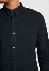 Burton Menswear London - SCARAB OXFORD - Shirt - dark green - 5