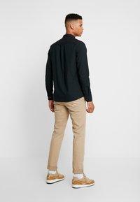 Burton Menswear London - SCARAB OXFORD - Shirt - dark green - 2