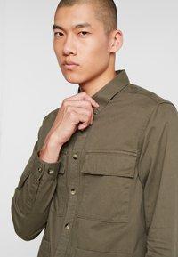 Burton Menswear London - SHACKET - Skjorte - khaki - 3