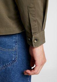 Burton Menswear London - SHACKET - Skjorte - khaki - 6