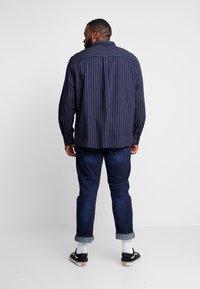 Burton Menswear London - Koszula - navy - 2