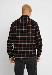Burton Menswear London - CHECK - Skjorta - black - 2