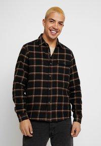 Burton Menswear London - CHECK - Skjorta - black - 0