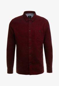 Burton Menswear London - BURG HERRINGBONE - Shirt - burgundy - 4