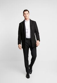 Burton Menswear London - REINDEER - Shirt - white - 1