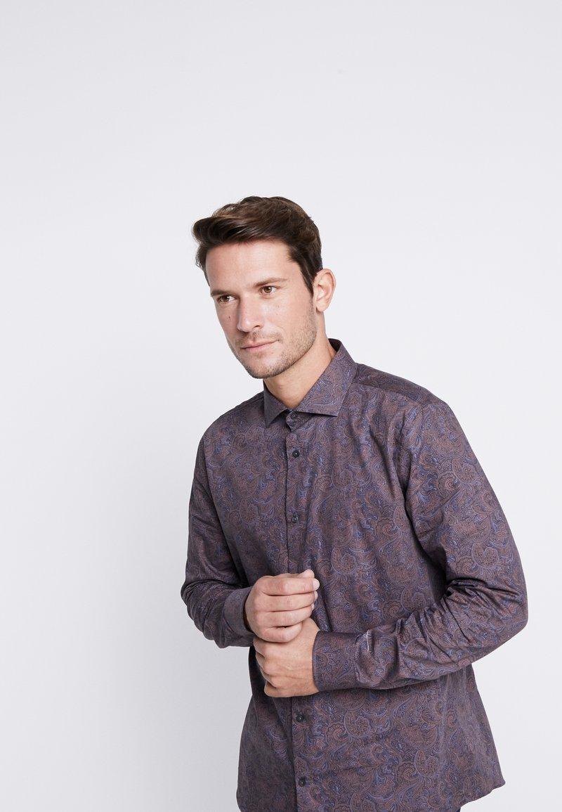 Burton Menswear London - BURGUNDY PAISLEY DESIGN - Košile - burgundy
