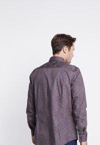 Burton Menswear London - BURGUNDY PAISLEY DESIGN - Košile - burgundy - 2