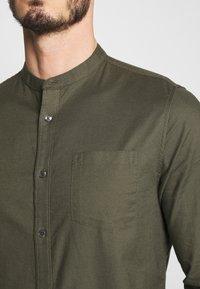 Burton Menswear London - Košile - khaki - 3