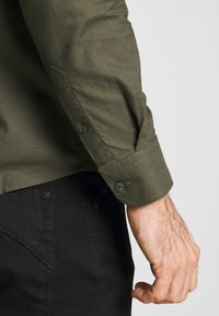 Burton Menswear London - Košile - khaki - 5