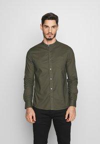 Burton Menswear London - Košile - khaki - 0