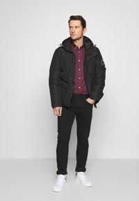 Burton Menswear London - ARIAL - Košile - bordeaux - 1