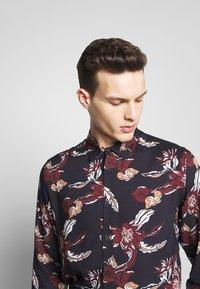 Burton Menswear London - FLORAL - Camisa - navy - 4