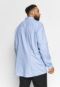 Burton Menswear London - PUPPYTOOTH - Kauluspaita - blue - 2