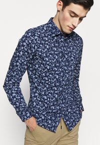Burton Menswear London - SCATTERED FLORAL - Camicia - navy - 3