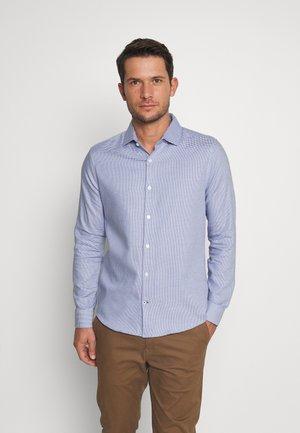 COLOUR DOBBY - Košile - blue