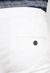 Burton Menswear London - Chino - white - 4