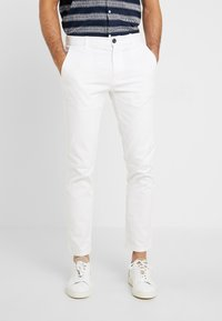 Burton Menswear London - Chino - white - 0