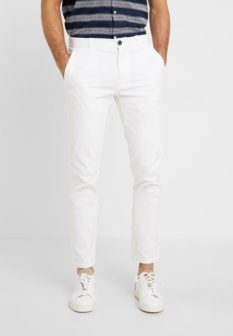 Burton Menswear London - Chino - white