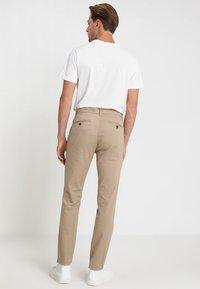 Burton Menswear London - Chino - stone - 2