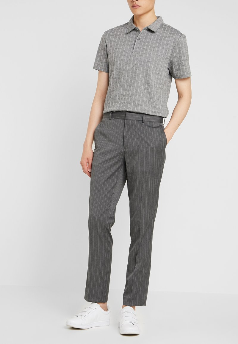 Burton Menswear London - PINSTRIPE - Pantaloni - light grey