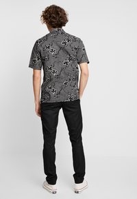 Burton Menswear London - Tygbyxor - black - 2