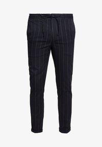 Burton Menswear London - TWIN FASH  - Pantaloni - navy - 3