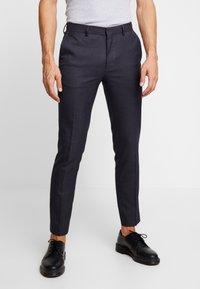 Burton Menswear London - DOGTH - Broek - grey - 0