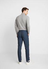 Burton Menswear London - HIGHLIGHT CHECK - Pantalon classique - blue - 2