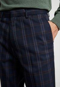 Burton Menswear London - TART CHECK - Spodnie materiałowe - mid blue - 3
