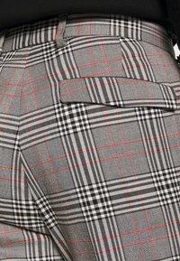 Burton Menswear London - Tygbyxor - grey - 5